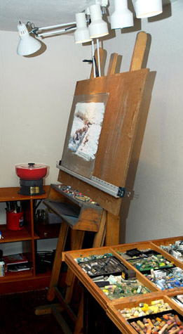 Cleaner near the easel - very handy!